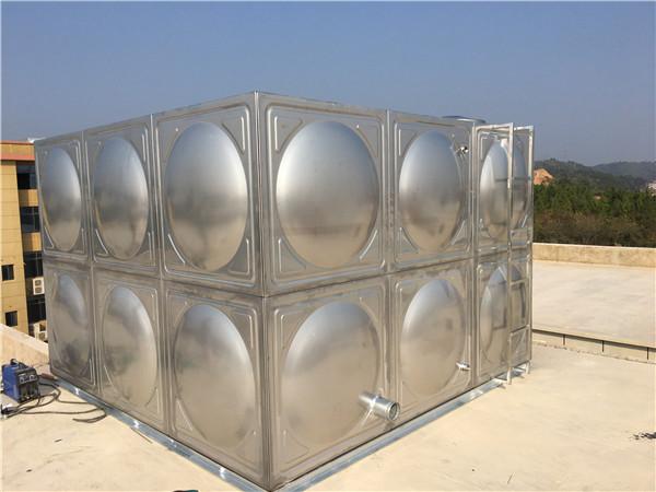 足球平台 水箱